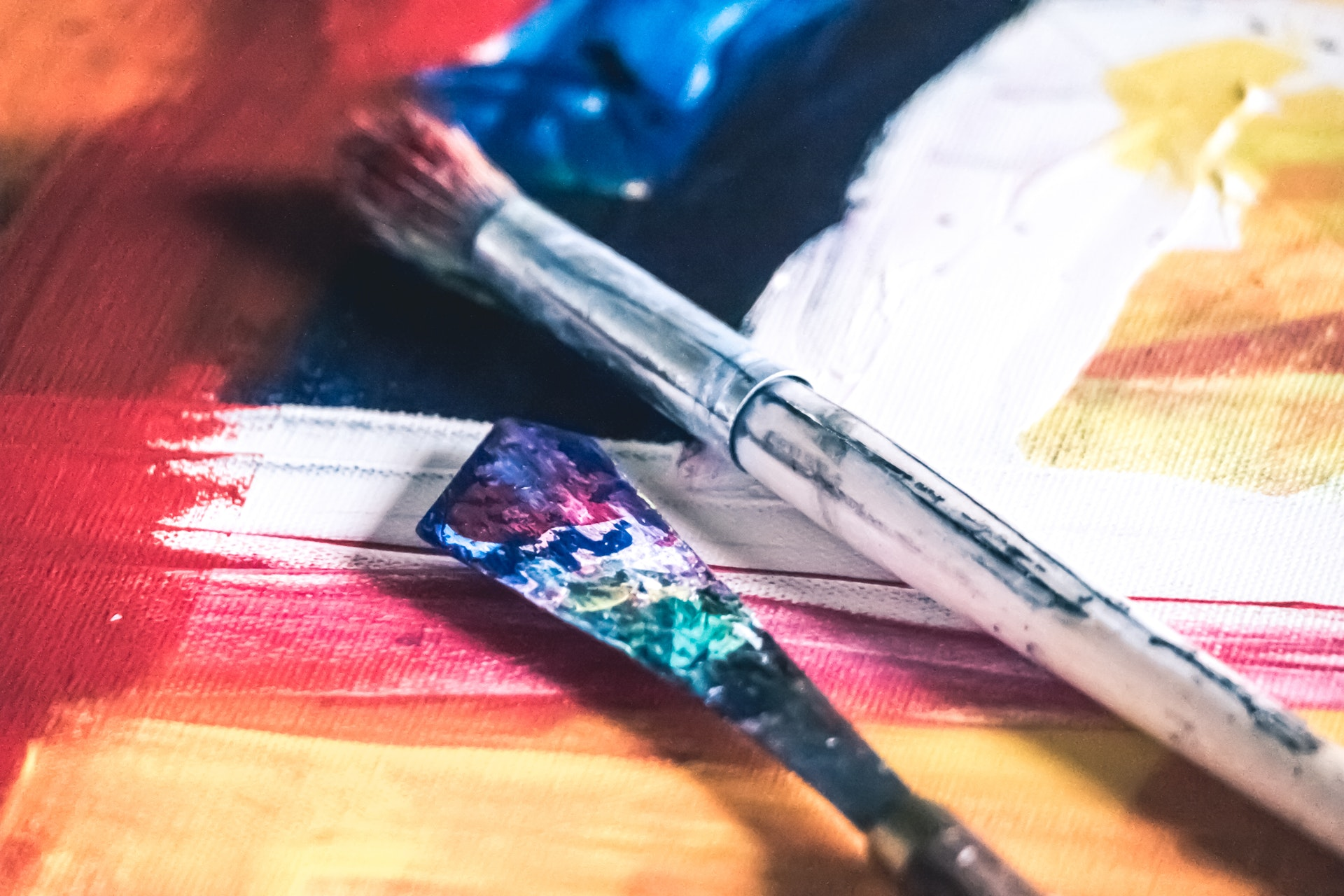 HOW TO MAKE A BATIK-STYLE PAINTING